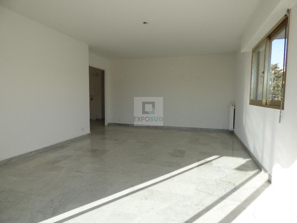 Location Appartement ANTIBES surface habitable de 75 m²