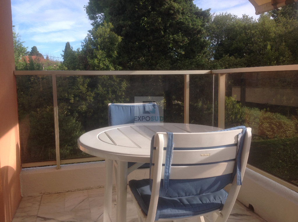 Location Appartement ANTIBES surface habitable de 35 m²