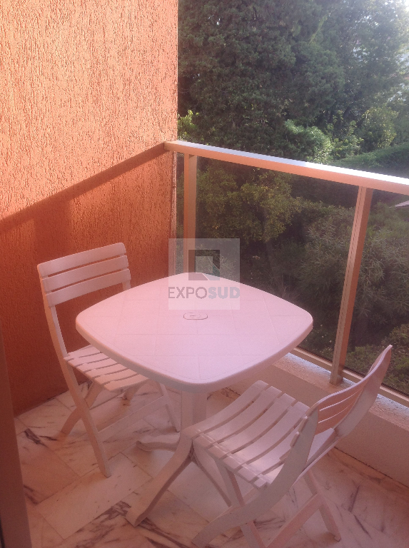 Location Appartement ANTIBES equipee cuisine