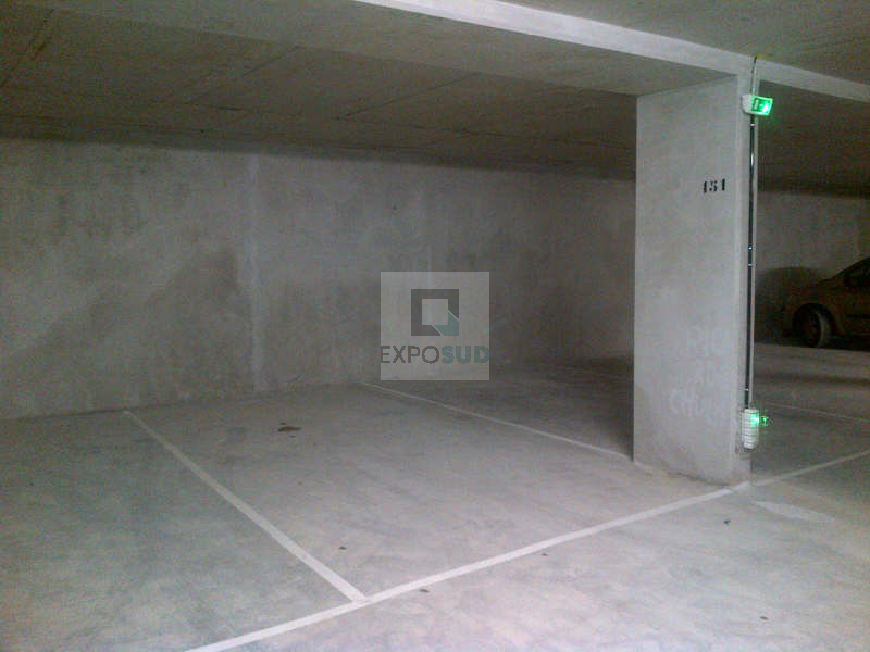 Location Parking ANTIBES Mandat : C00012