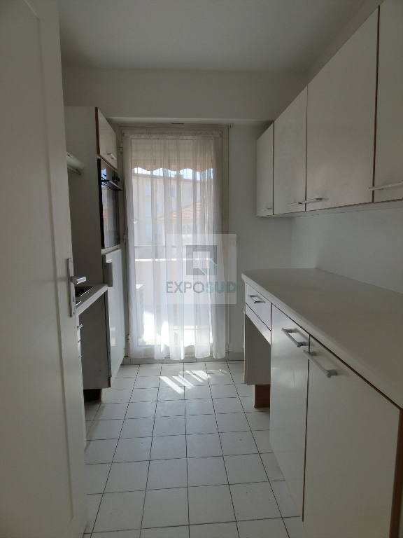 Location Appartement ANTIBES surface habitable de 44 m²