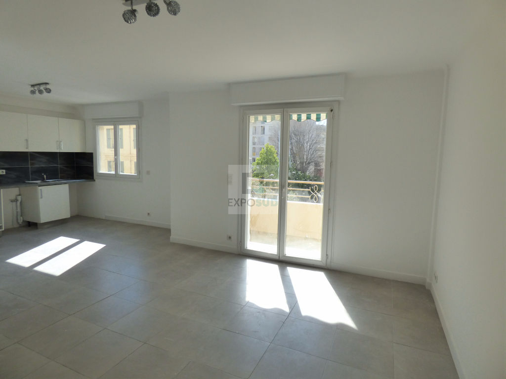 Location Appartement ANTIBES surface habitable de 62.91 m²