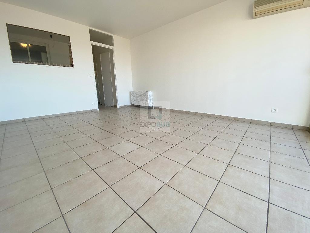 Location Appartement JUAN LES PINS surface habitable de 32 m²