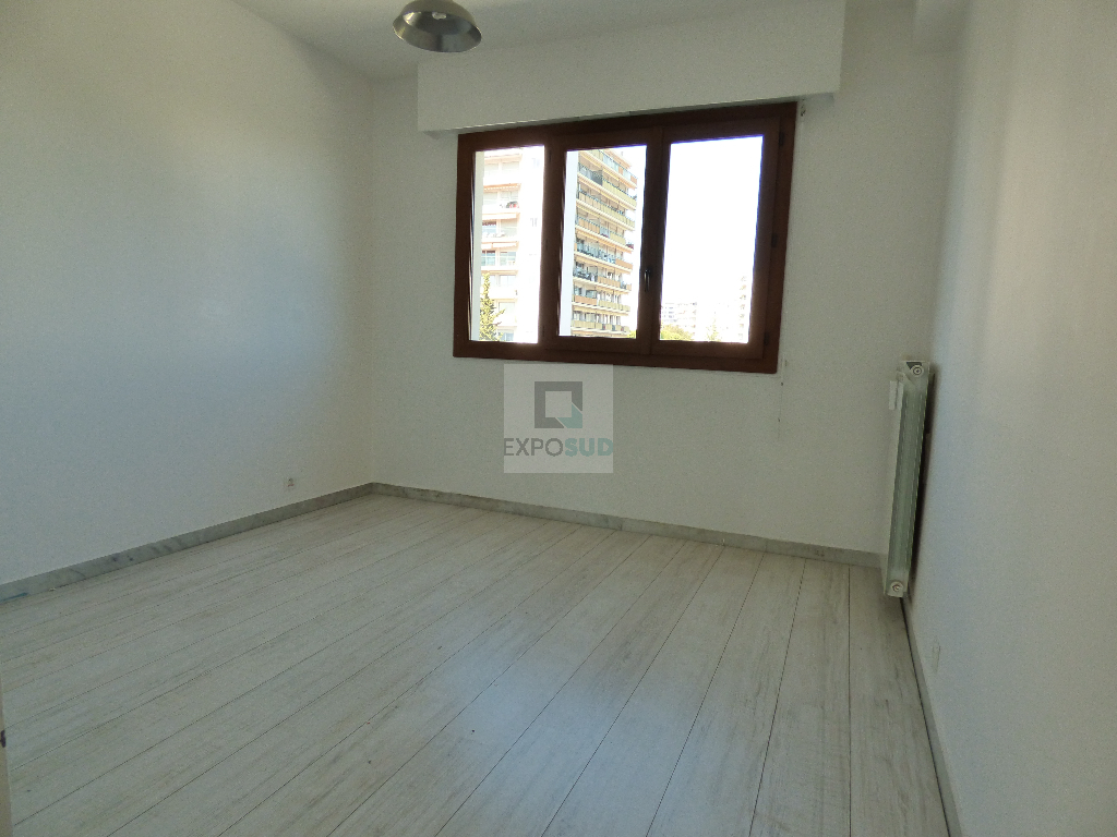 Location Appartement ANTIBES 4 pièces