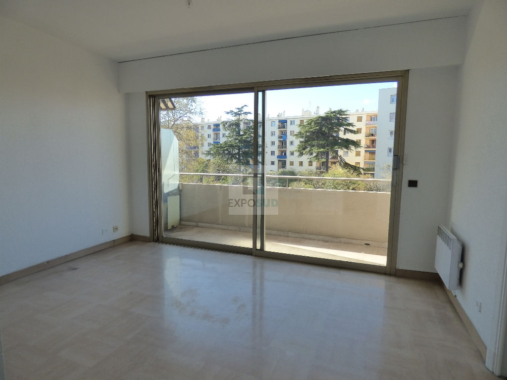 Location Appartement ANTIBES surface habitable de 25.08 m²
