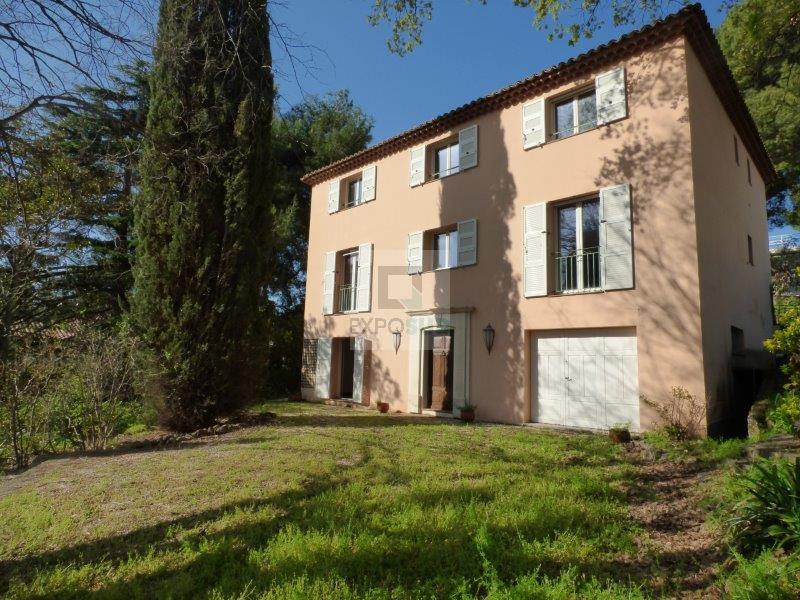 Location Maison JUAN LES PINS Mandat : 09826