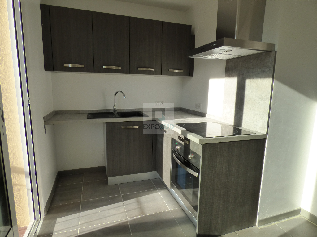 Location Appartement ANTIBES surface habitable de 47 m²
