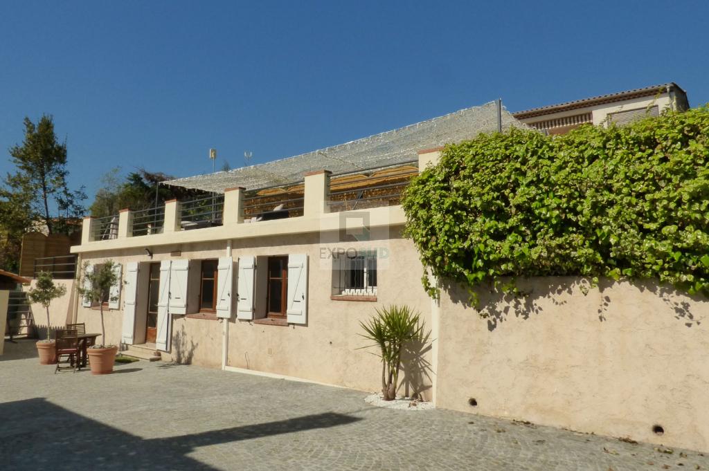 Vente Maison ANTIBES surface habitable de 110 m²