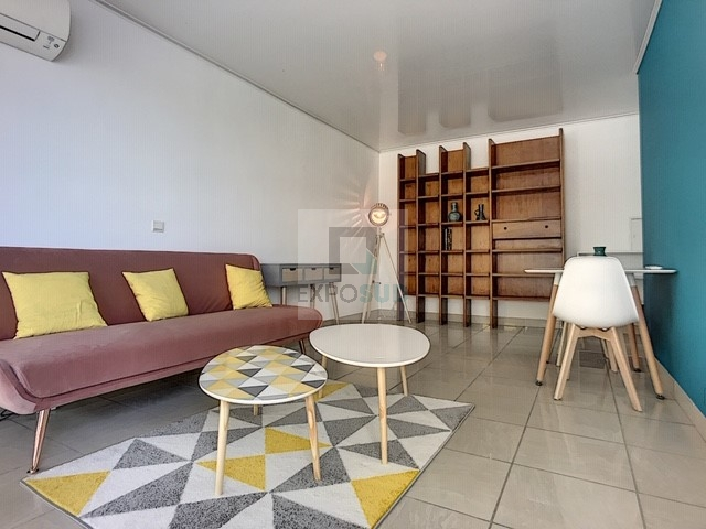 Location Appartement ANTIBES surface habitable de 27.95 m²