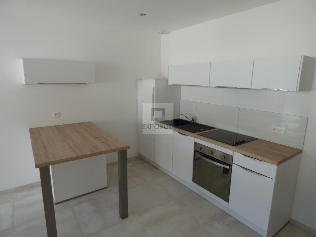 Location Appartement ANTIBES surface habitable de 28.72 m²
