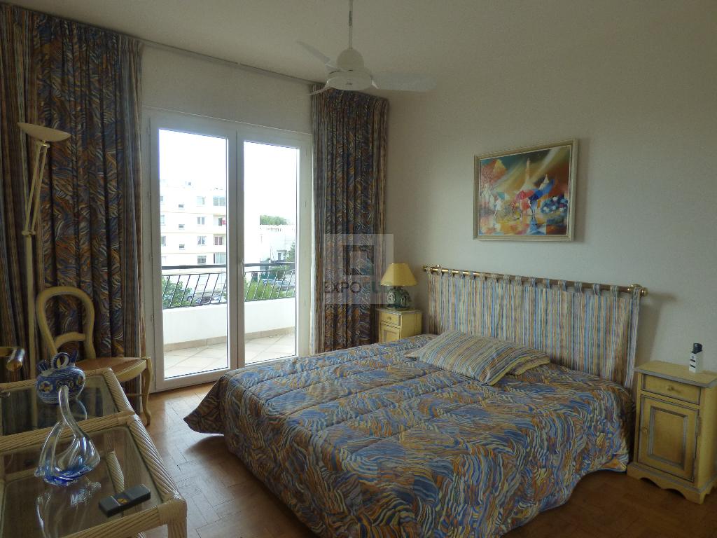 Location Appartement ANTIBES surface habitable de 62.71 m²