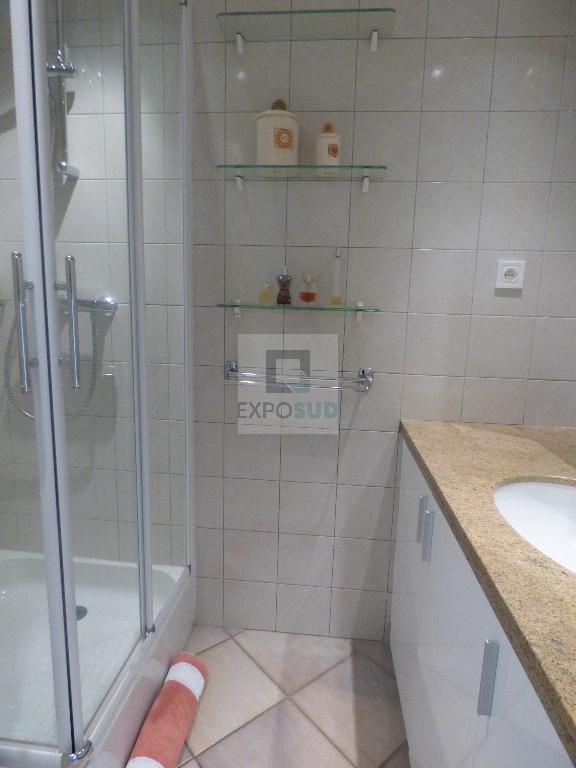 Location Appartement ANTIBES séjour de 18.93 m²