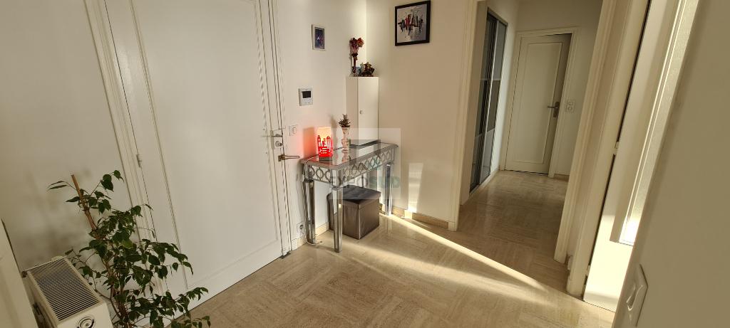 Vente Appartement JUAN LES PINS surface habitable de 57 m²