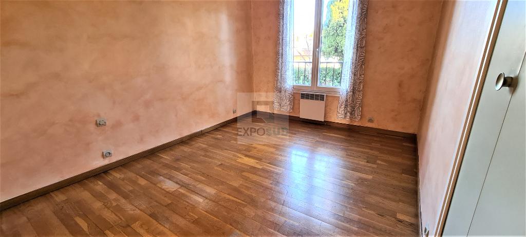 Vente Appartement ANTIBES collectif, radiateur,  chauffage