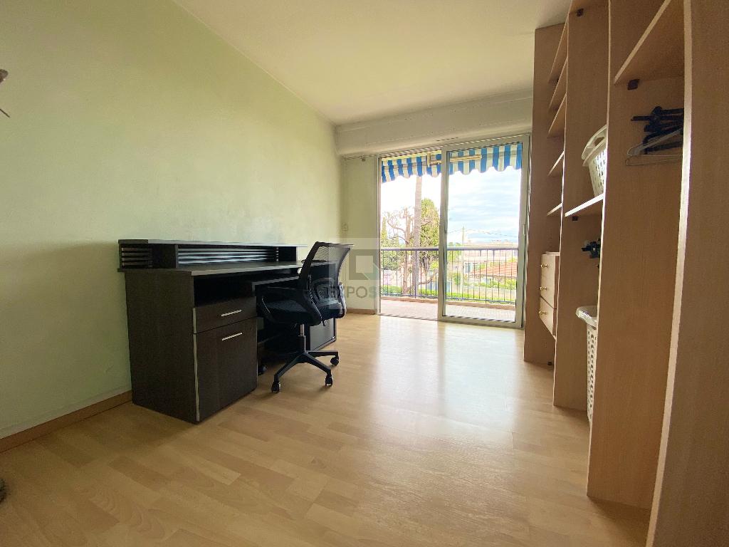 Location Appartement LA FONTONNE 1 salles d'eau