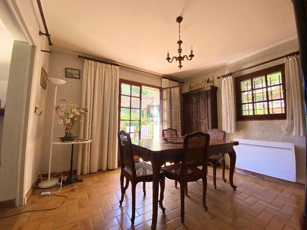 Vente Maison JUAN LES PINS séjour de 32.88 m²