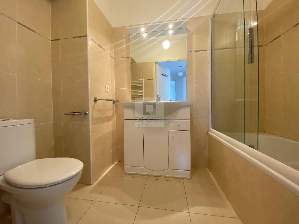 Location Appartement ANTIBES 1 salles d'eau