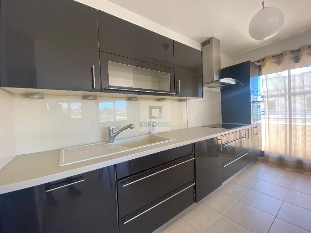 Location Appartement ANTIBES surface habitable de 72.41 m²